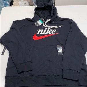 Nike lifestyle hooded sweatshirt